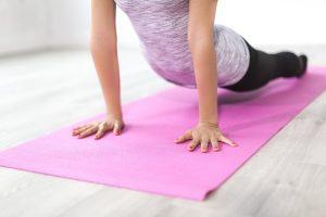 fitness a casa: foto esercizi a terra