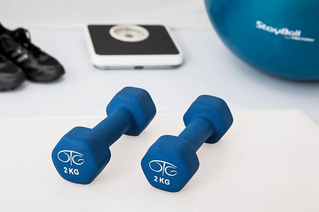 Dieta fitness: i consigli per affrontare al meglio l'allenamento in palestra